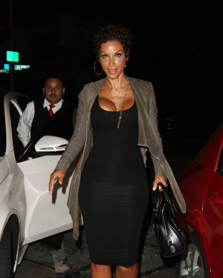 Nicole Murphy brought her awesome self to Craig's for dinner in West Hollywood.