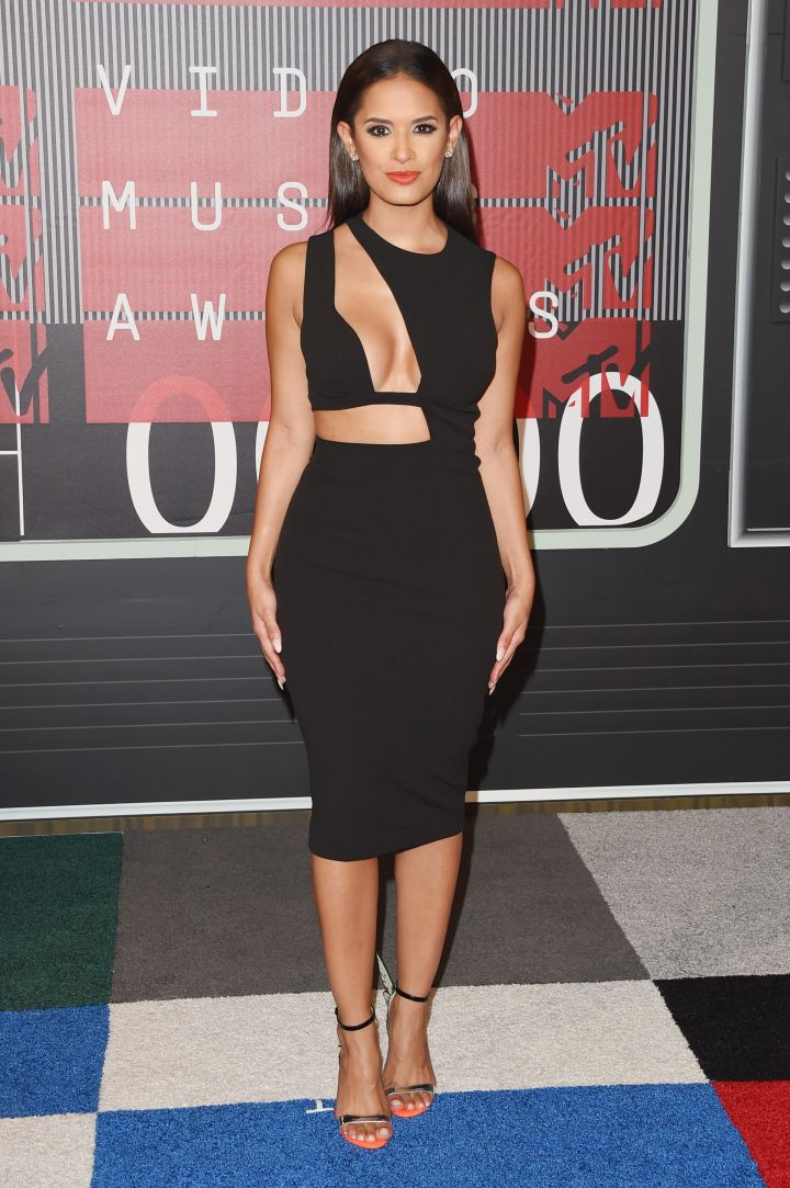 Rocsi Diaz didn't shy away from flashing cleavage in a revealing LBD.