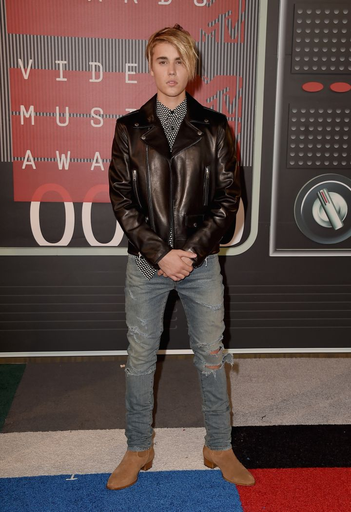 Fresh off the success of his new single, Justin Bieber comes through in jeans and a jacket.