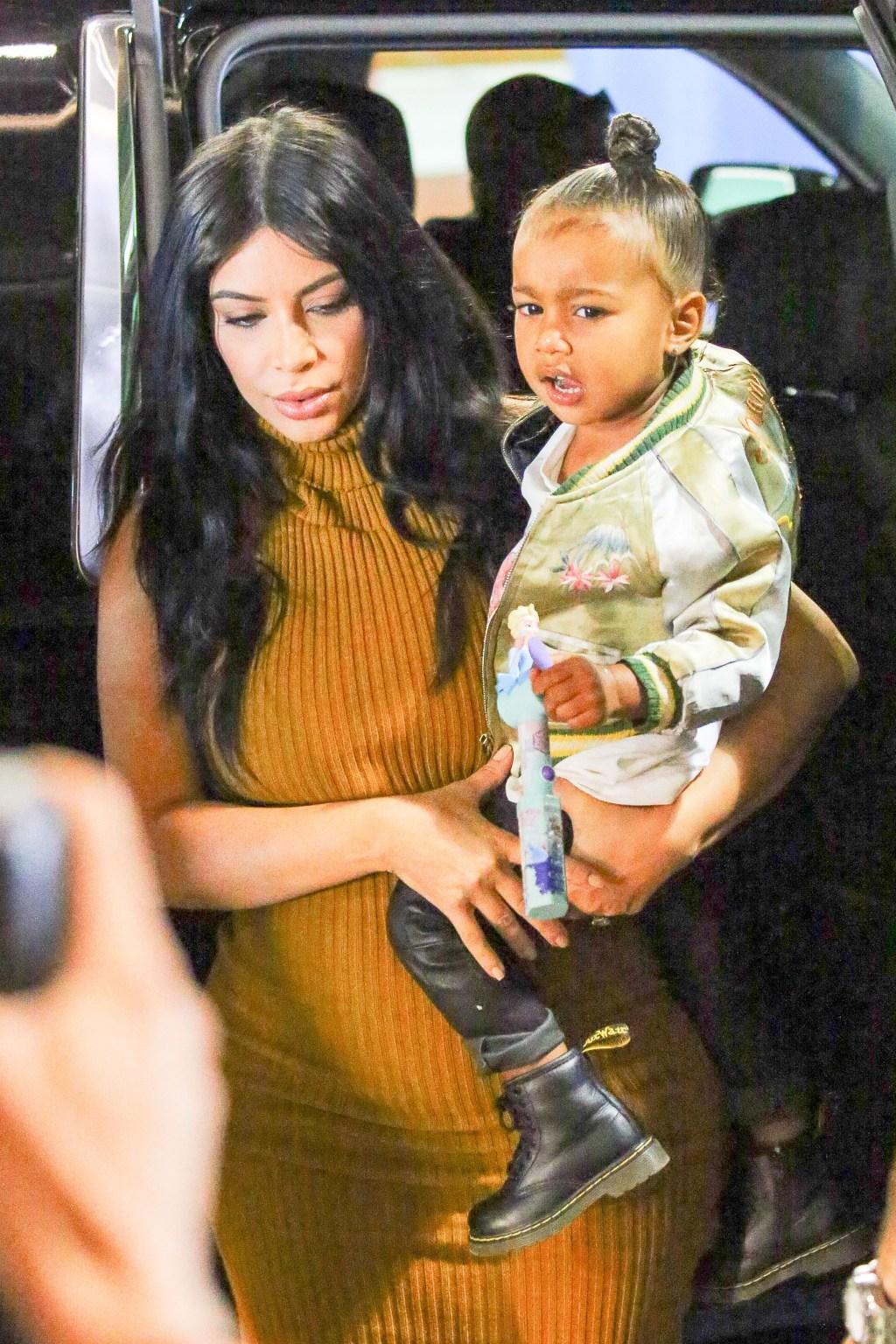 Pregnant Kim Kardashian & Daughter North West Take NYC