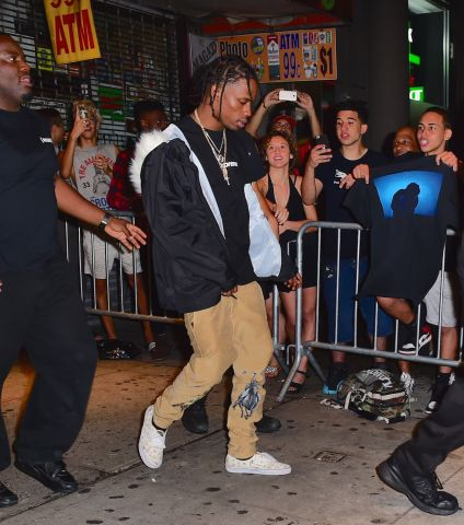 Travis Scott leaves his 3-hour concert with Rihanna