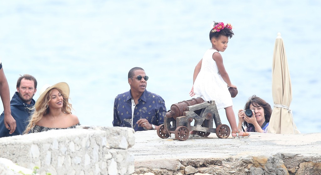 Beyonce, Jay Z, and Blue vacation in the South of France