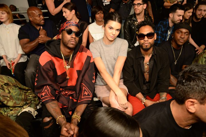 2 Chainz, Kendall, and Miguel sit on in the second row.