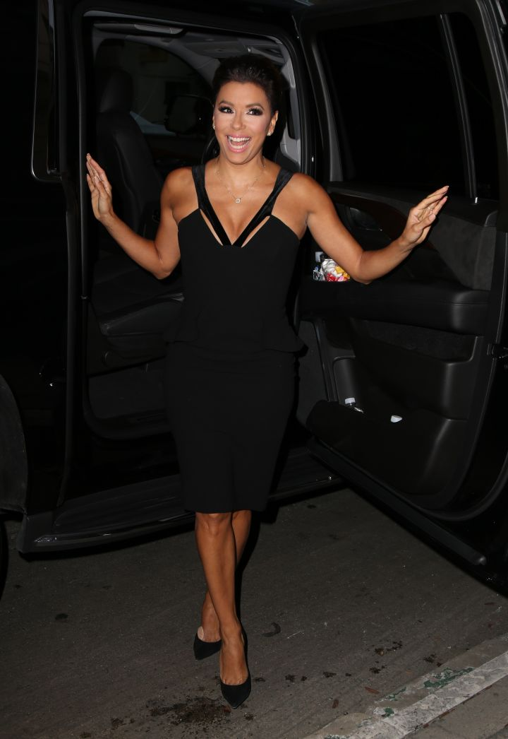 This is how every celebrity should get out of an SUV in Hollywood. You show them, Eva Longoria.