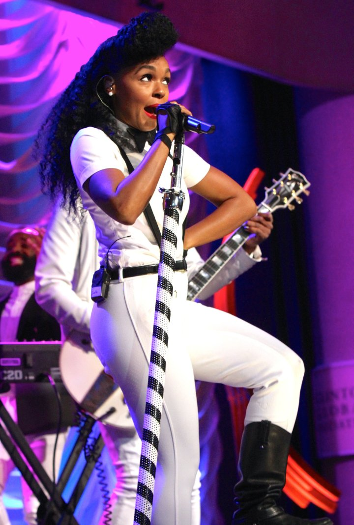 Janelle Monae put on one hell of a show at the 9th Annual Clinton Global Citizen Awards event in NYC.