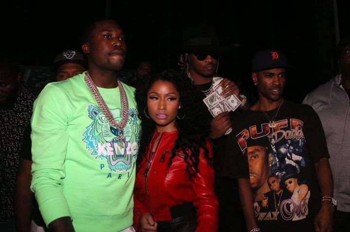 Meek kept it flashy with his gold chains