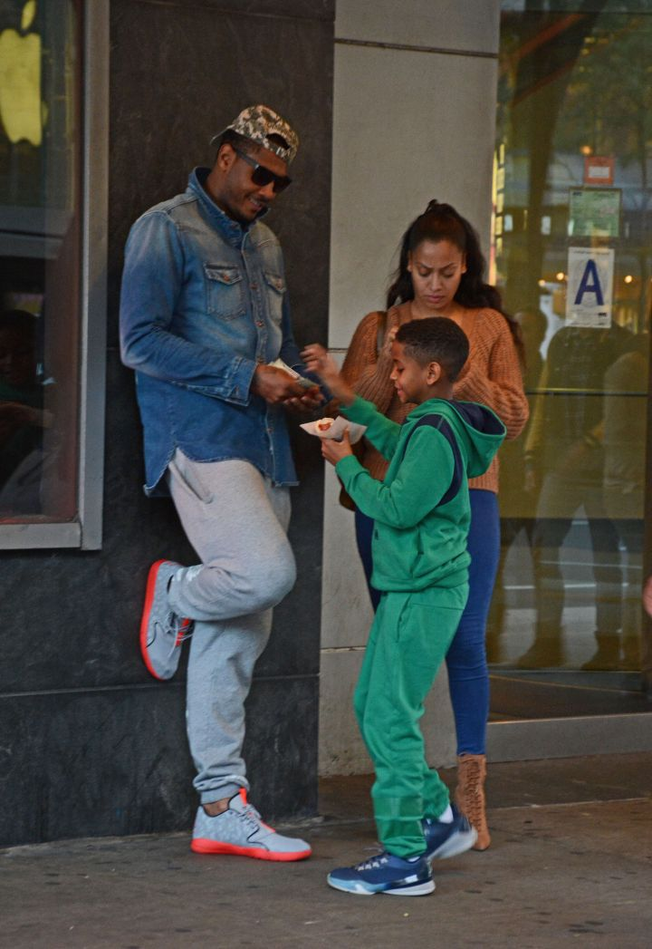 Carmelo Anthony, La La Anthony, and their son Kiyan Anthony were spotted outside Lincoln Square Cinemas in New York for a quick movie night.