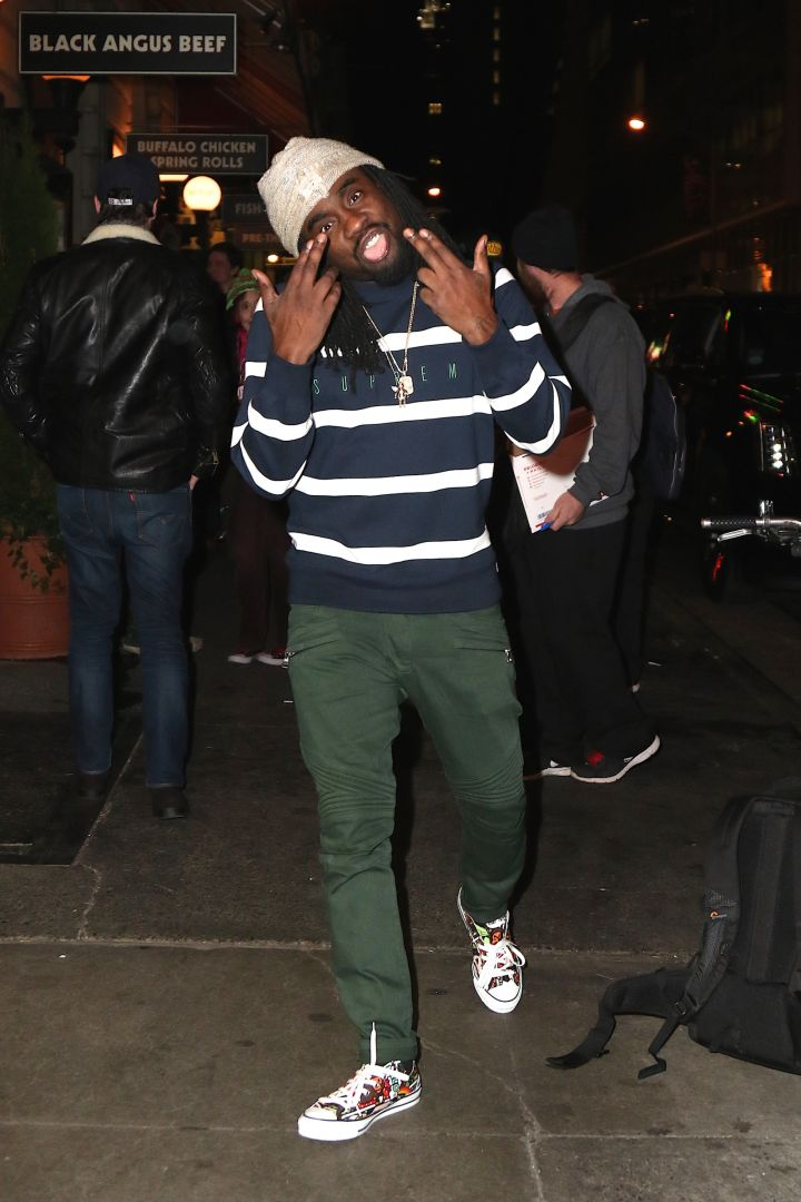 Wale got the gas face.