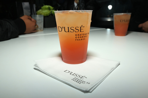 D'USSE to finish the night off strong.