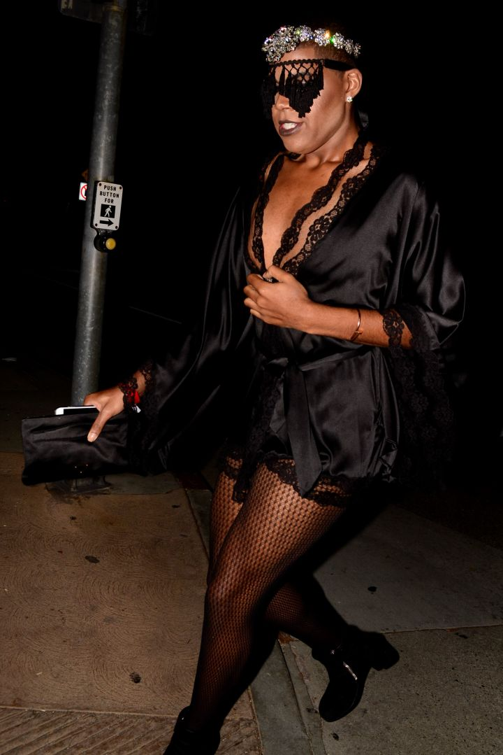 EJ Johnson slayed in all black.