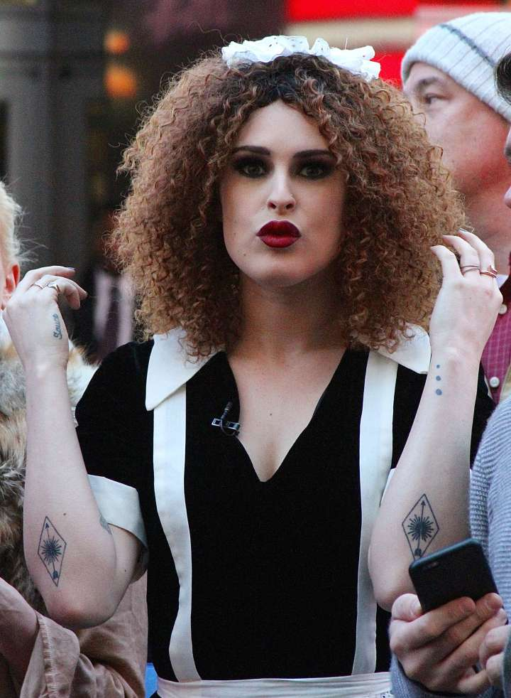 """Rumor Willis dressed as Magenta from """"The Rocky Horror Picture Show."""""""