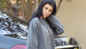 Kourtney Kardashian - Kardashian-Jenner sisters film KUWTK