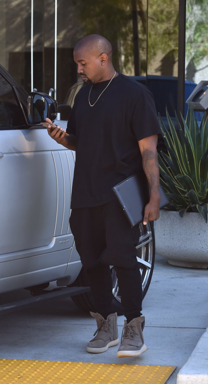 Remember when Kanye didn't have a cell phone?