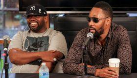 Warner Bros. Records Signs Legendary Hip-Hop Group Wu Tang