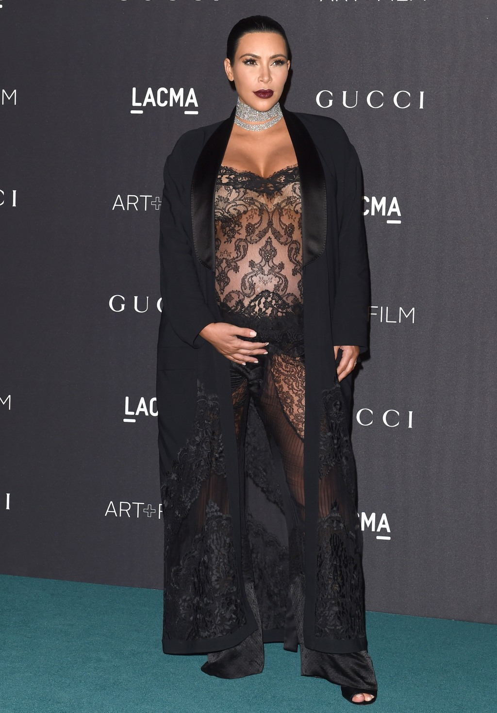 pregnant kim kardashian at 2015 LACMA Art + Film Gala
