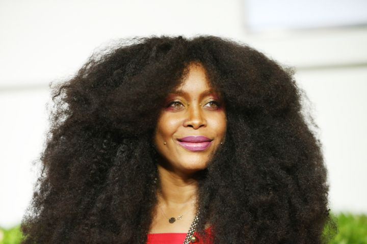 Trying to square up with Erykah Badu