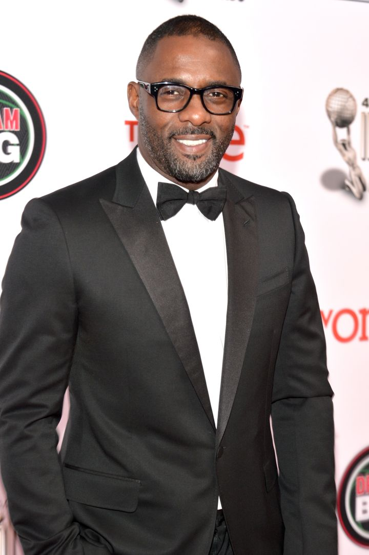 Idris Elba walks the red carpet at the 2015 NAACP Image Awards.