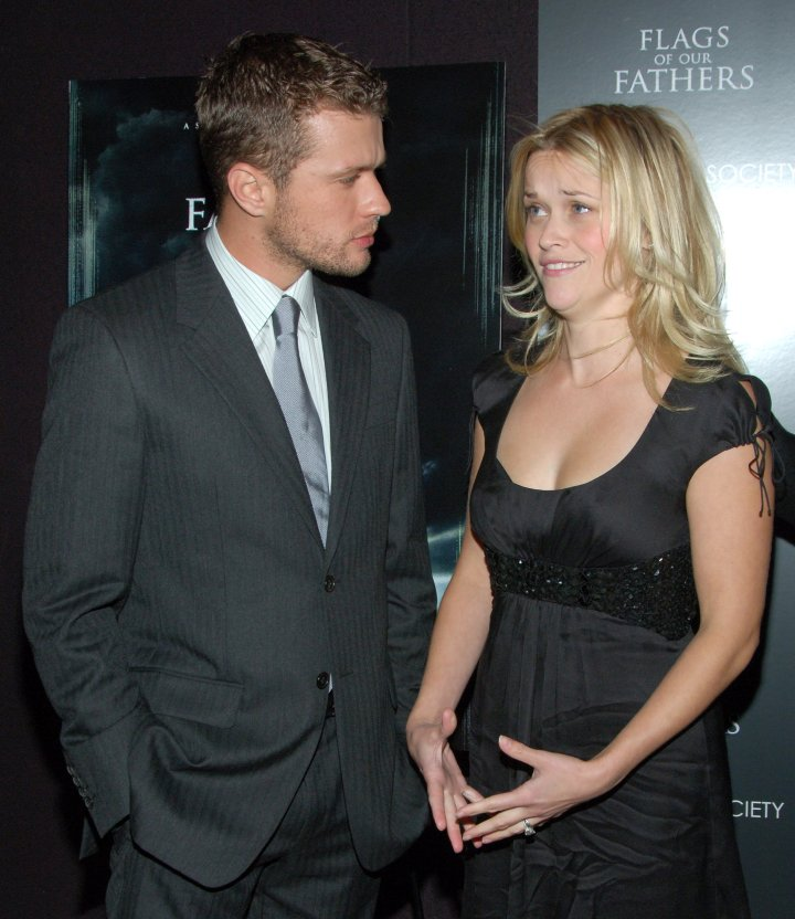 Reese Witherspoon and husband Ryan Phillippe called it quits. So did Jennifer Aniston and Vince Vaughn, & Britney Spears and Kevin Federline.