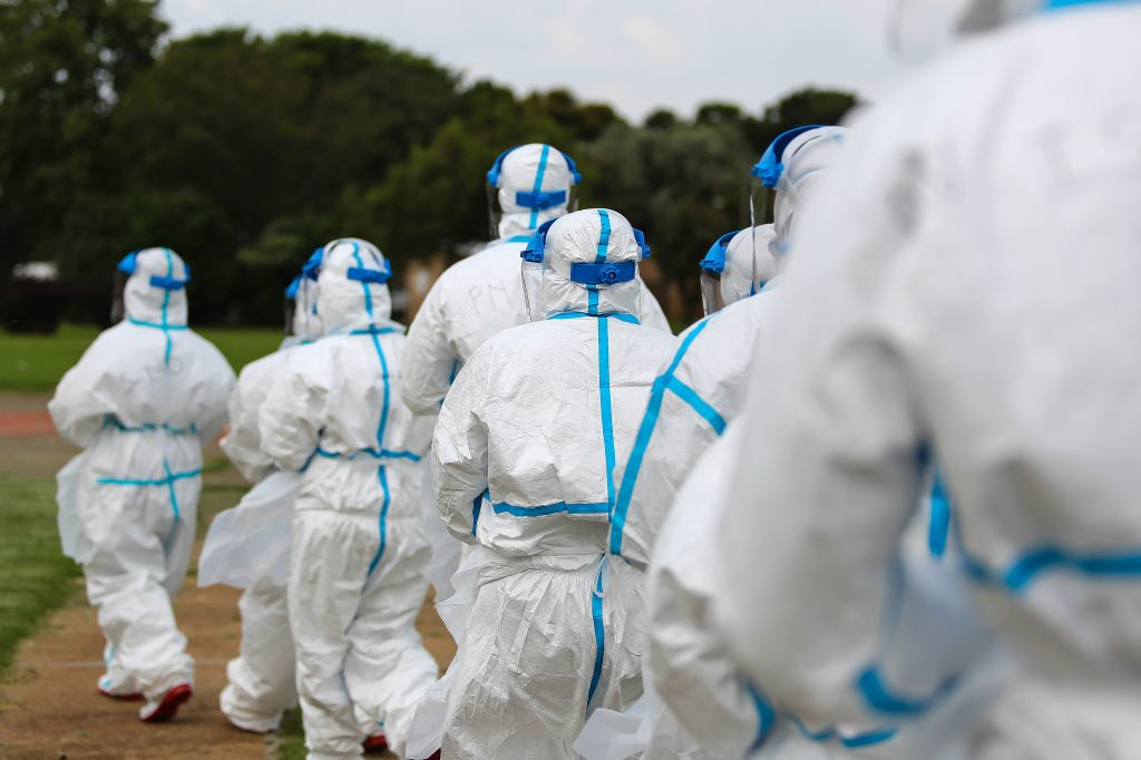 South Africa Sends Help to Fight Ebola in Sierra Leone