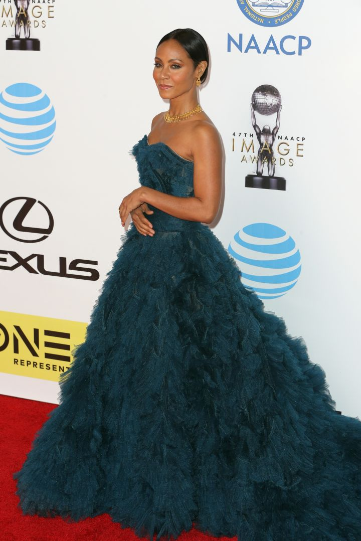 How beautiful does Jada-Pinkett smooth look?