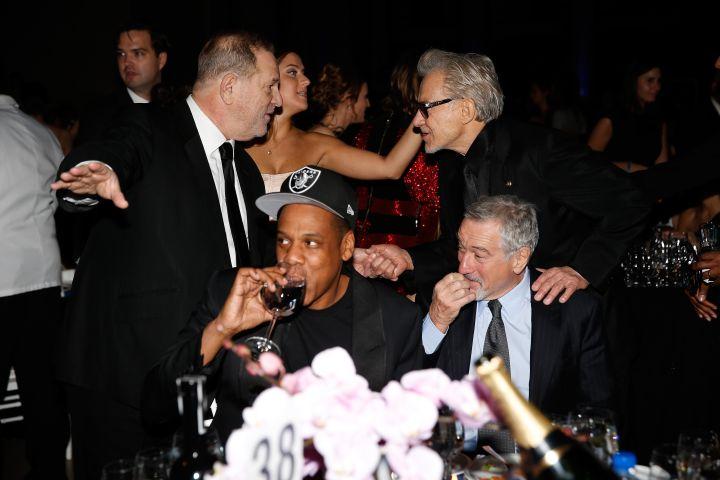 Jay Z & Robert De Niro Share A Few Drinks At The 2016 amfAR Gala.