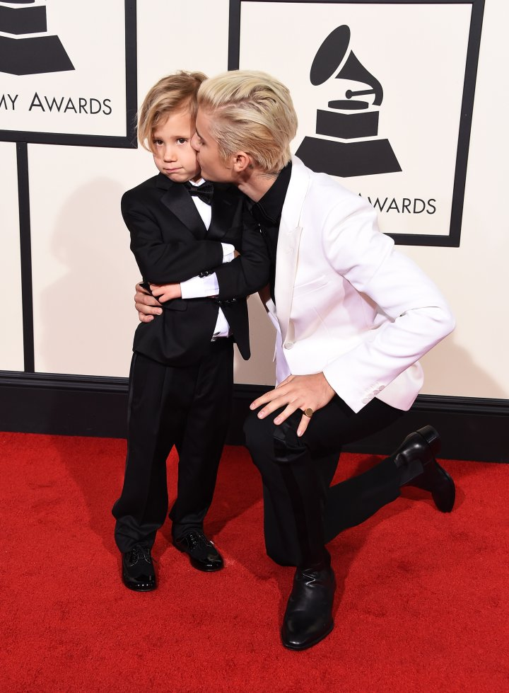 Justin Bieber walked the red carpet with his little brother.
