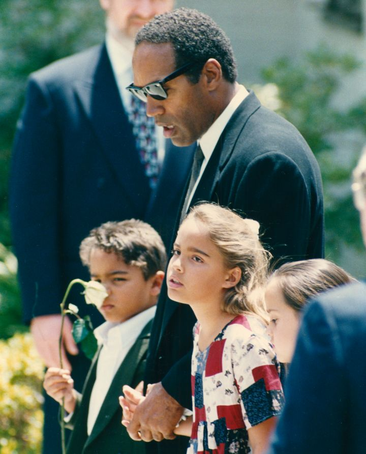 O.J. allegedly apologized over Nicole's casket.
