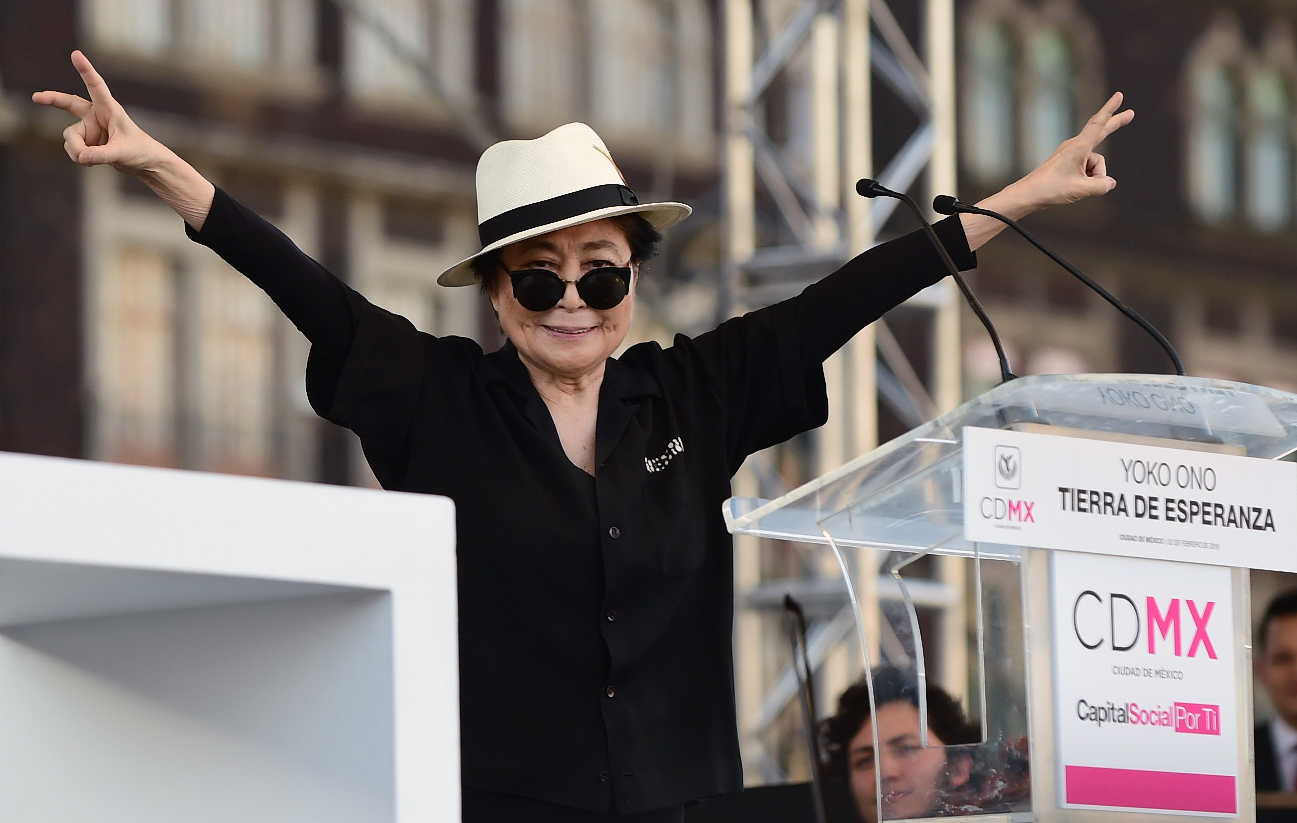MEXICO-JAPAN-ART-YOKO ONO