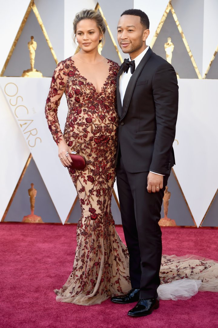 Date night! Chrissy Teigen and John Legend arrive to the 2016 Oscars.