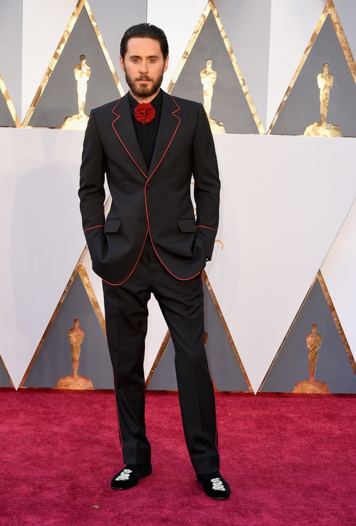 Suited up! Jared Leto is here.