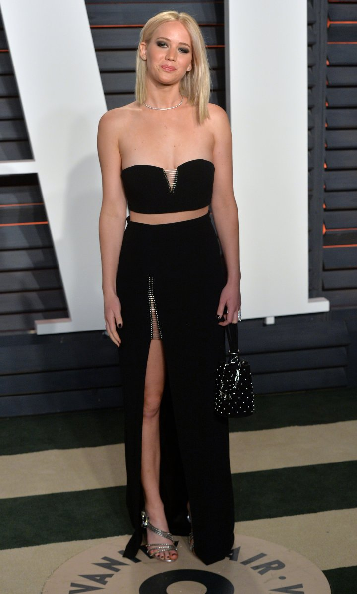 Jennifer Lawrence switched her gown out for a two-piece set.