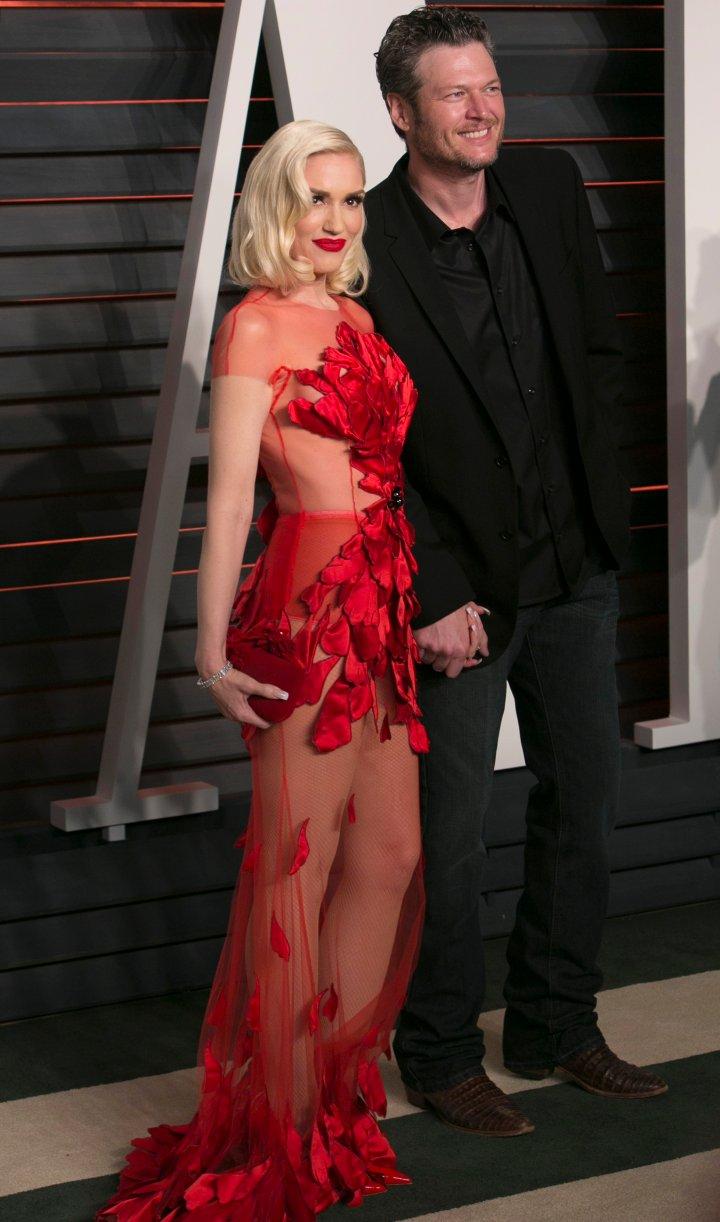 Gwen Stefani and Blake Shelton walked the carpet hand-in-hand.