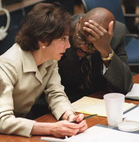Prosecutors Marcia Clark (L) and Christopher Darde