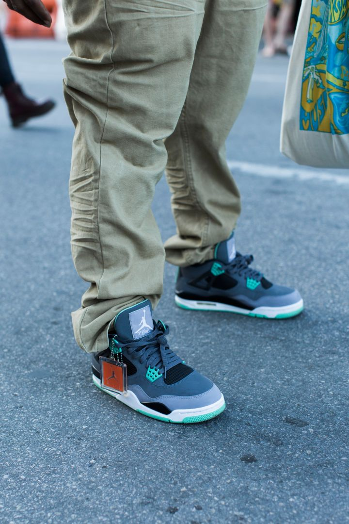 "Air Jordan 4 ""Green Glow"""