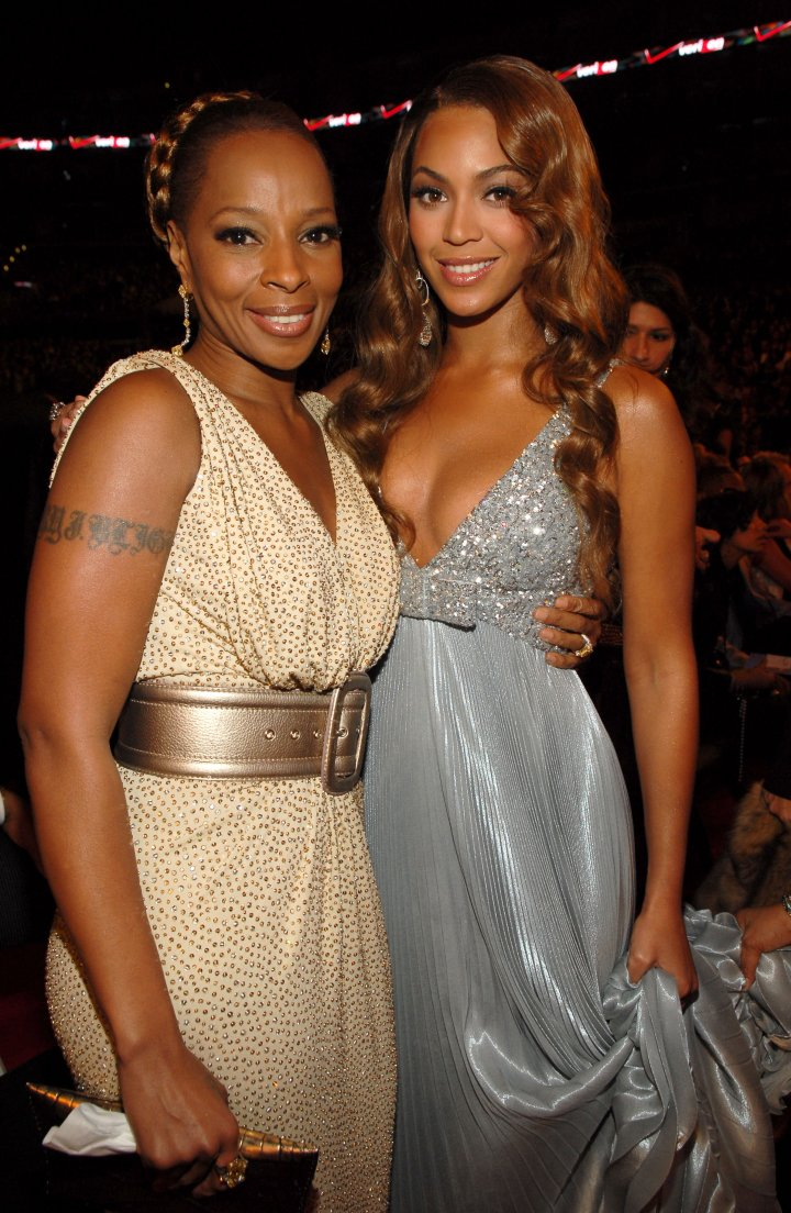 Bey flicks it up with another Queen, Mary J. Blige.