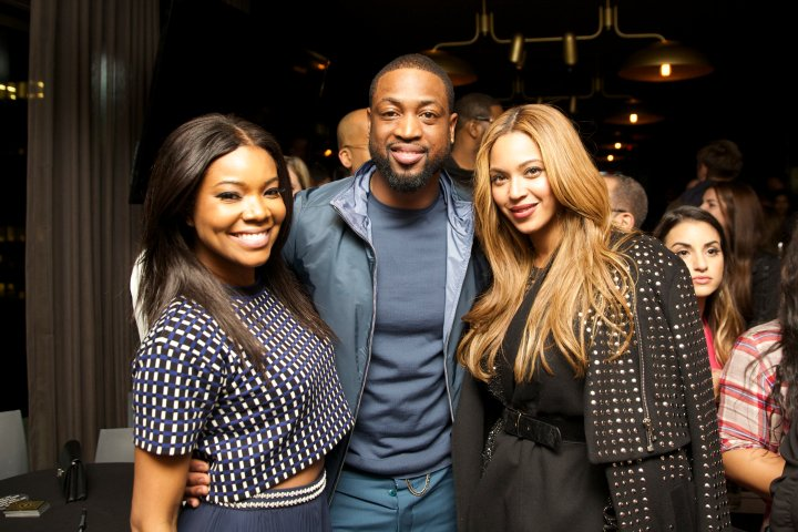 Bey leans in close for a pic with Gabrielle Union and Dwyane Wade.