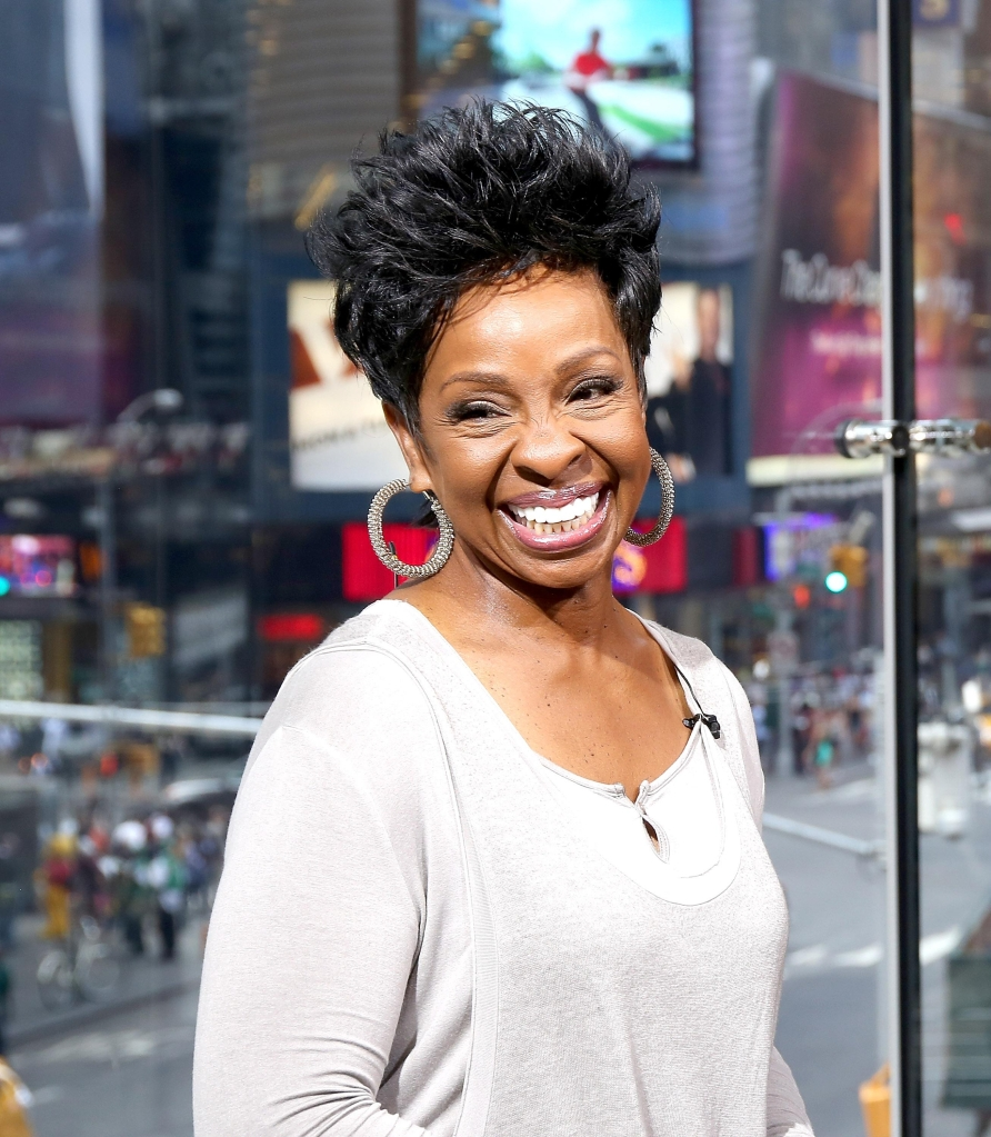 Gladys Knight Visits 'Extra'