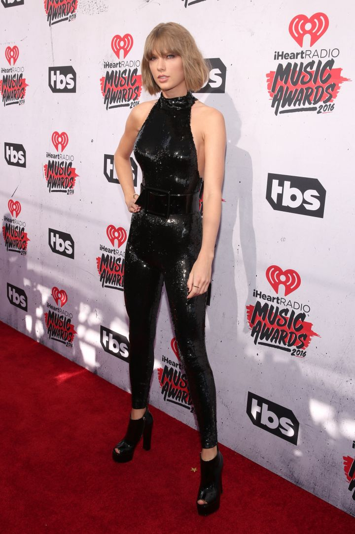 Taylor Swift turned it up in a skintight catsuit.