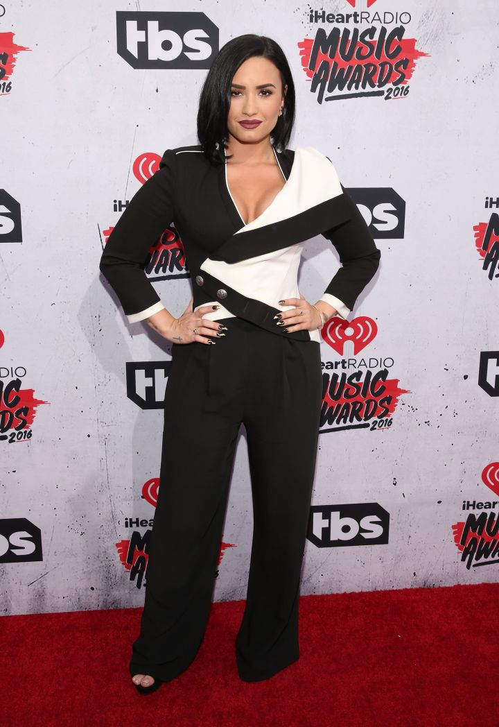 Demi Lovato went the classic route in a white and black look.