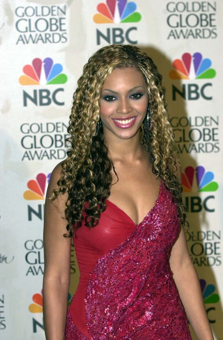 More curly Bey