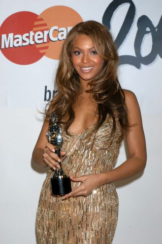 The Brit Awards, Earls Court, London, Britain - 17 Feb 2004