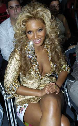 2004 MTV Video Music Awards - Backstage and Audience