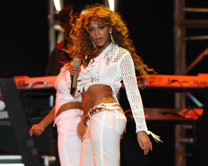Bey in all-white glam