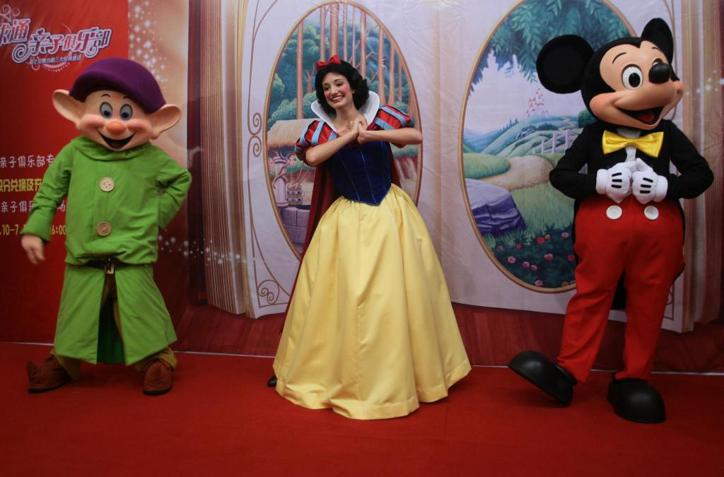 Disney Drama Of Classic Fairy Tales Staged In China