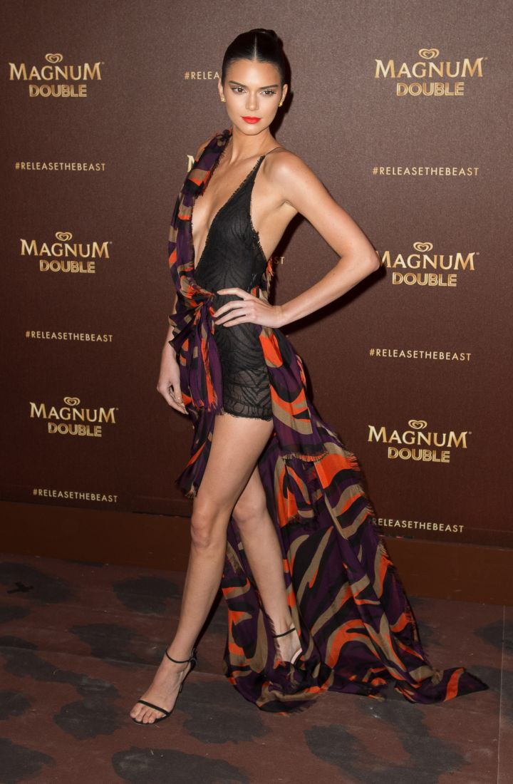 This look was everything: Kendall Jenner in Versace.