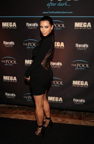 Kim Kardashian Hosts The Pool After Dark At Harrah's Resort