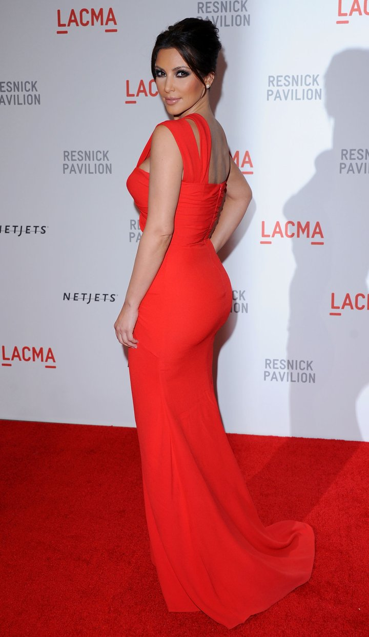 Booty in a red dress.
