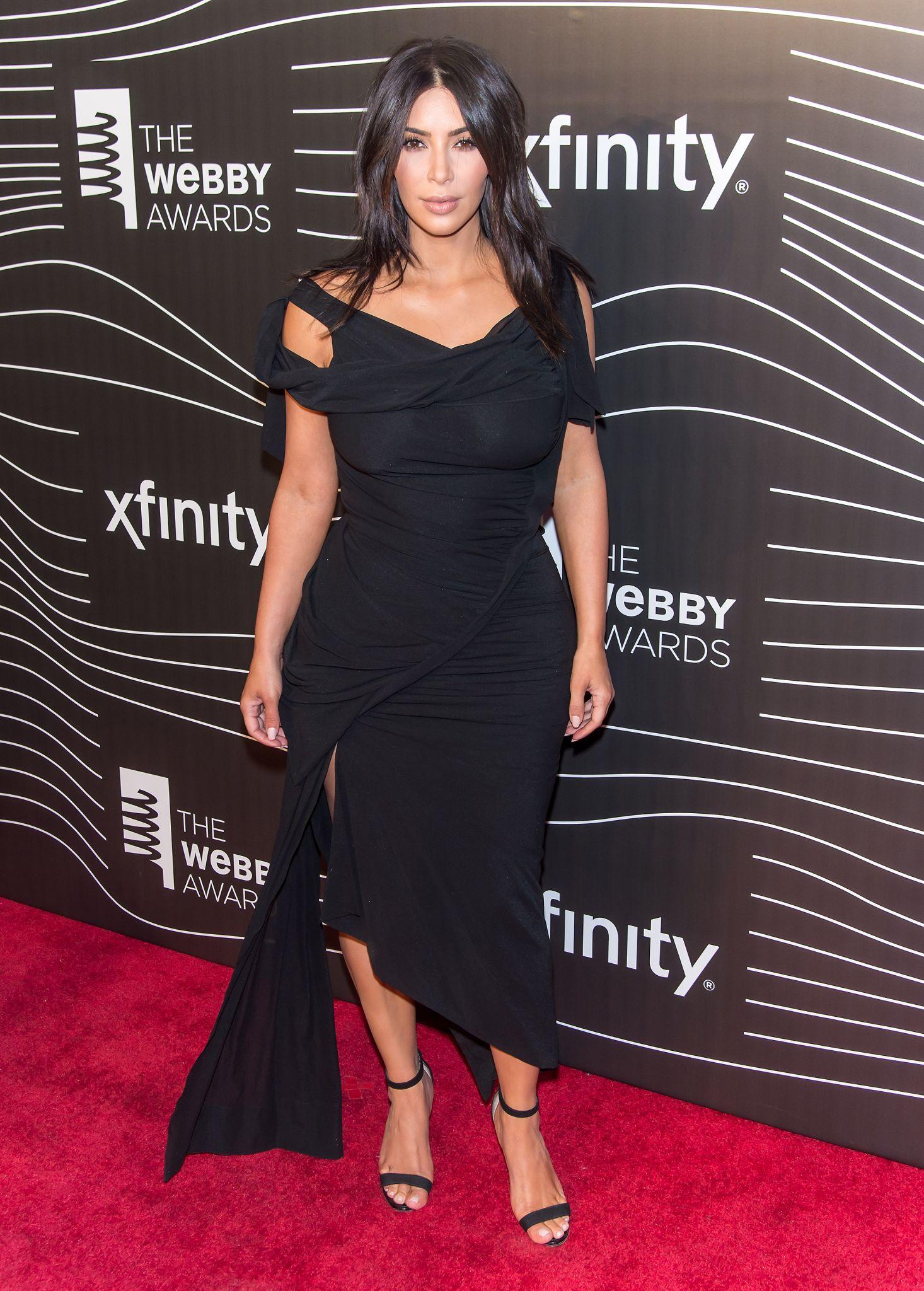 Kim Kardashian vows to continue posting nude selfies