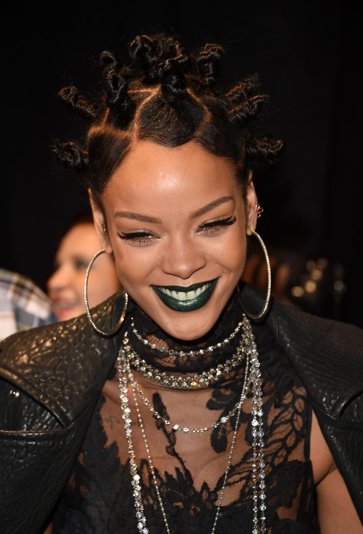 Rihanna made waves on the internet when she rocked the throwback look. The apple doesn't fall far from the icon tree.