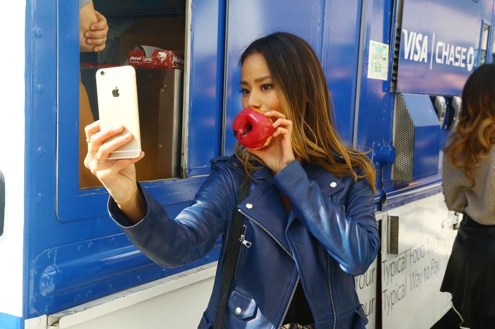 Visa Celebrates Launch Of Apple Pay With Celebrities, Donuts